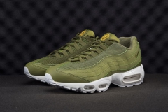 Nike Air Max 95 x Stussy green