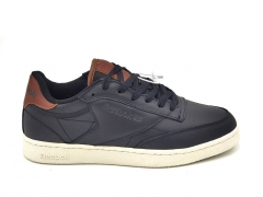 Reebok Classic Club C Leather Black/White (с мехом)