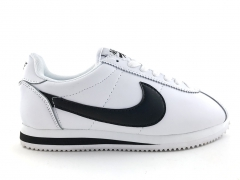 Nike Cortez Black/White/Small