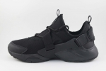Nike Air Huarache City Low All Black