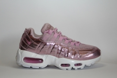 Nike Air Max 95 Metallic Pink