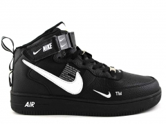 Nike Air Force 1 Mid '07 LV8 Utility Black/White (натур. мех)